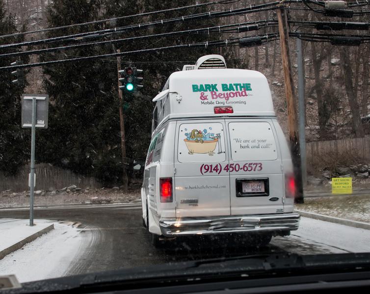 Mobile dog grooming van, Bedford, NY