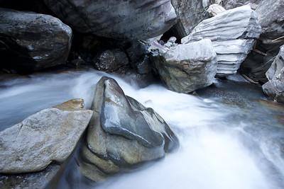 Berner Oberland, büel, water, kander, rock