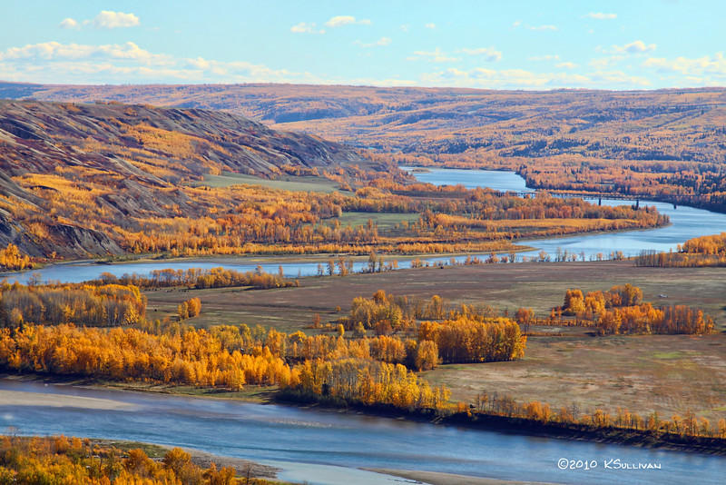 Peace River in autumn, Fort St. John, BC