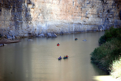 Canoes in Santa Elena Canyon