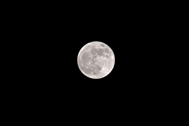 Big Moon Rising 003