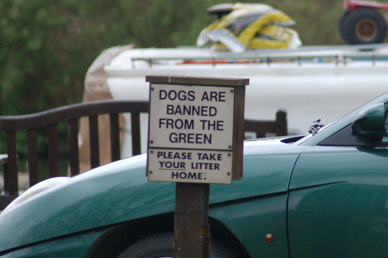 Dogs banned sign Norfolk May 2010