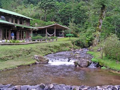 Bosque de Paz Lodge - Bajos del Toro