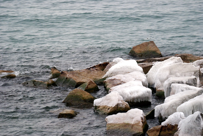 Rocky shoreline of Fifty Point Conservation Area.