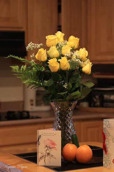 Yellow rose bouquet from Rod for my Chinese birthday (Lunar calendar 五月初一).