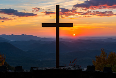 Pretty Place Chapel Sunrise with Cross
