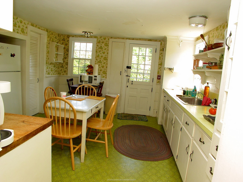 Main House - Kitchen