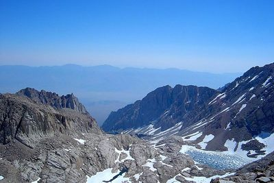 24-Mt Whitney-MTs and Lake