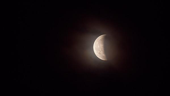Eclipse de lune du 27-07-2018, ciel voilé