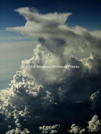 A_Storm_cloud_at_50000_feet_DSC00715B