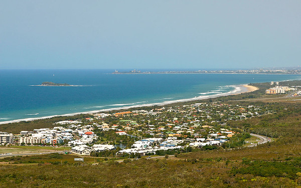 Mount Coolum, 15 September 2008. With 2 videos as well. Photos by Des Thureson.