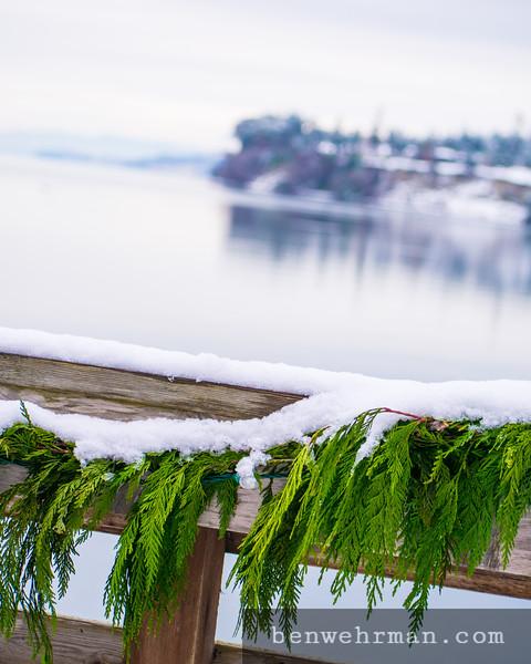 Snowy handrail