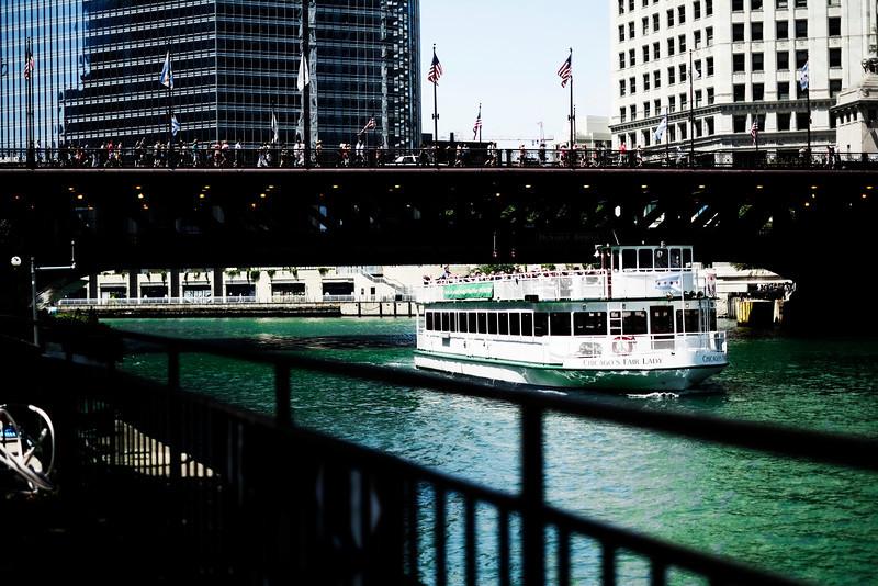 Chicago River - FujiFilm X-PRO1 1/3000s f/1.4 ISO 200