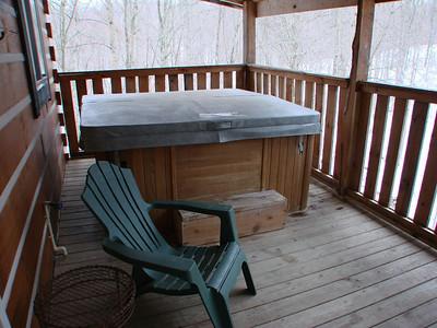 "Comfort in the Woods ""Comfort One"" Hocking Hills Cabins, Logan, Ohio  http://www.comfortinthewoods.com/Comfort_One_Cabin.html"