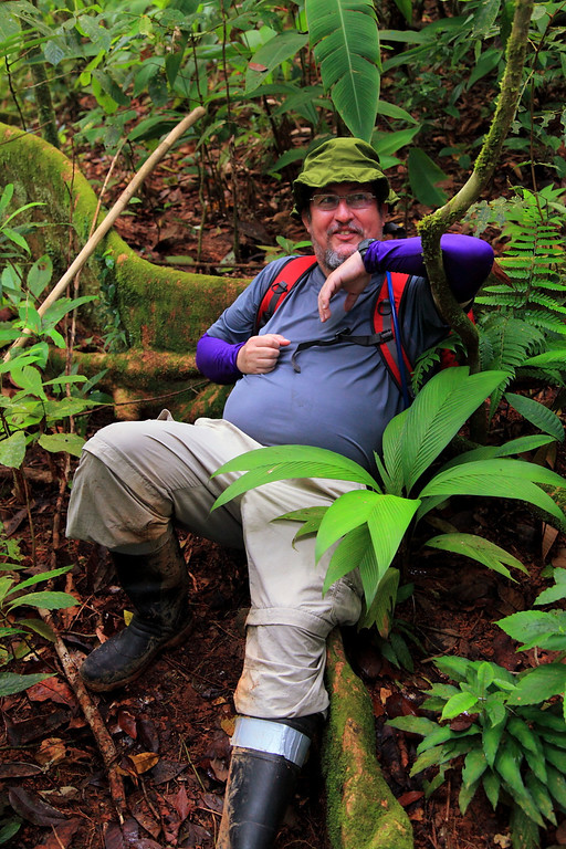 Eduardo Carrillo, right at home in the Osa Peninsula forest