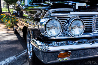 I never noticed the reflection in the headlight housings of the Galaxie 500 XL.