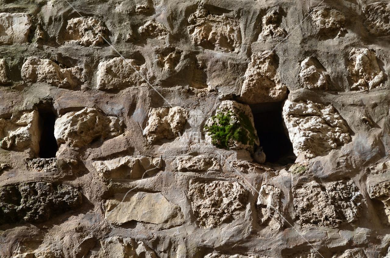 Hezekiah's tunnel - Wall at the end of Hezekiah's tunnel in Jerusalem by kdraper