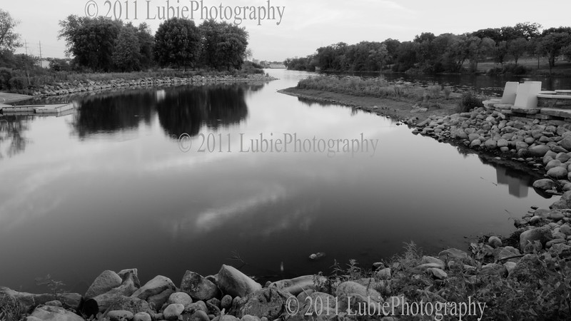 Panoramic view of Fox River in Aurora, IL