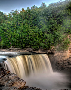 5 image stack HDR of Cumberland Falls