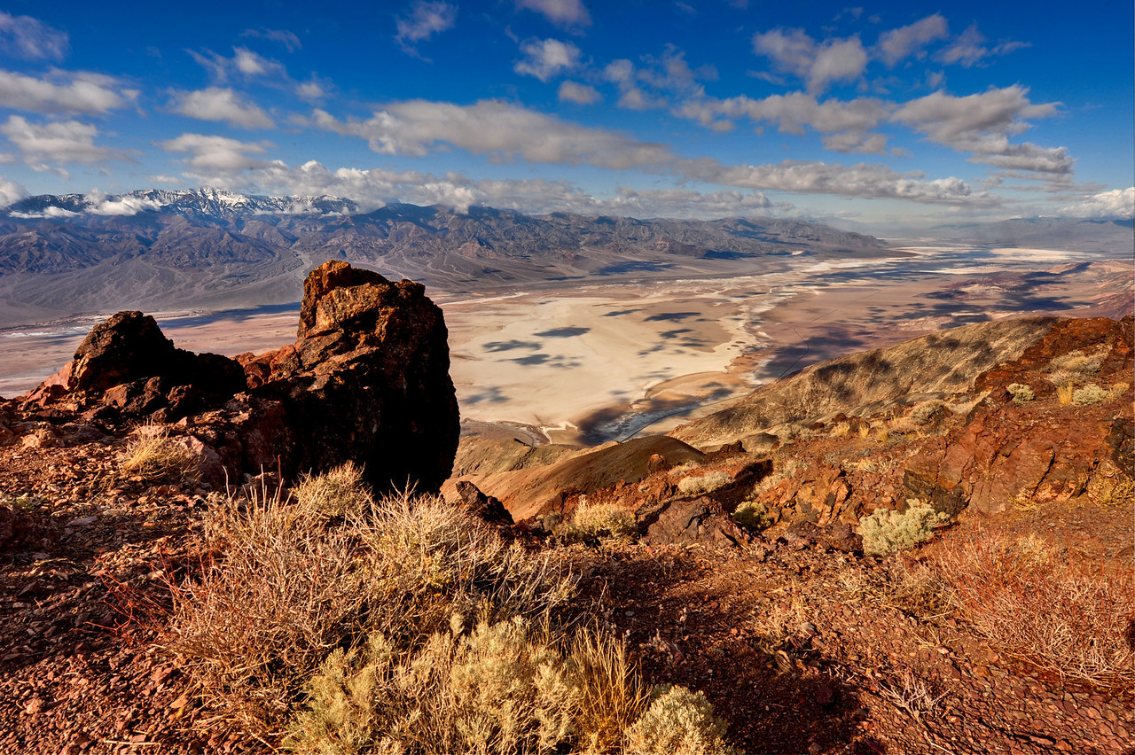 """<a href=""""http://en.wikipedia.org/wiki/Places_of_interest_in_the_Death_Valley_area#Dante.27s_View"""">http://en.wikipedia.org/wiki/Places_of_interest_in_the_Death_Valley_area#Dante.27s_View</a>"""