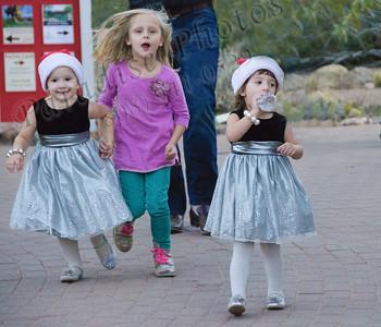 girls running 9090