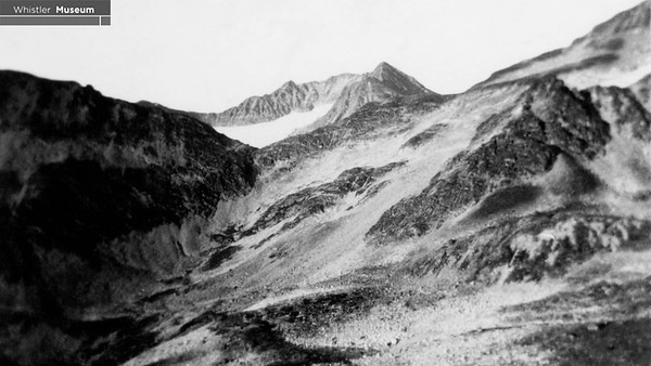 1923 Carter Expedition to Wedge view of Armchair Glacier