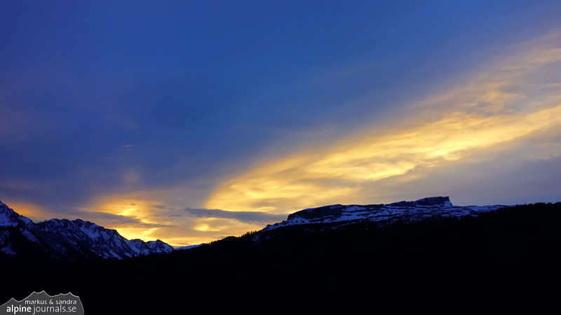 A glowing sunset over Hohe Ifen.