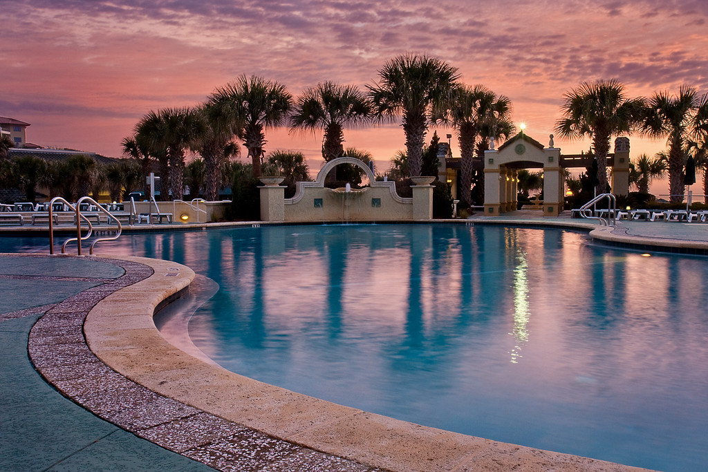 Amelia Island Inn Pool at Sunrise II, Florida.