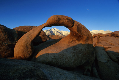 The Arch, Alabama Hills, Lone Pine. MtWtAh1c_23