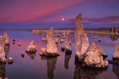 Mono Lake November moonrise. mono12v4r3
