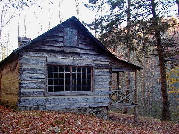 The Avent Cabin in Autumn