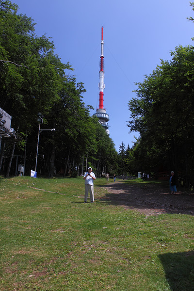 TV Tower from the Southern Ski Track — A tévé torony a déli pályáról