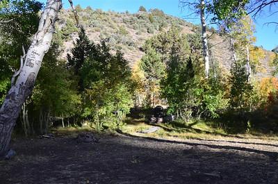 Small camping area near Leviathan Peak