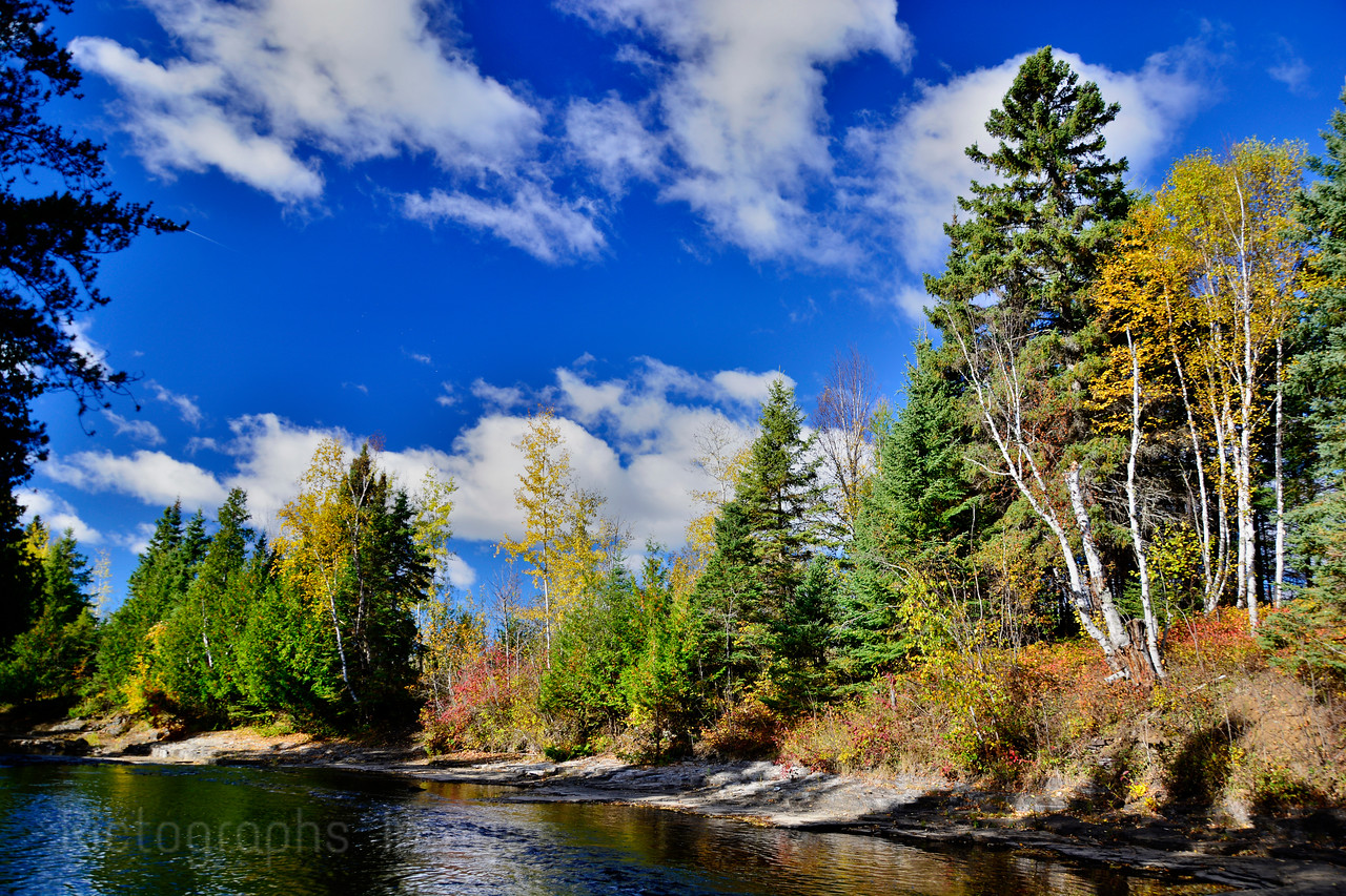 An Early Morning Hike Along The MacIntyre River; Rictographs Images