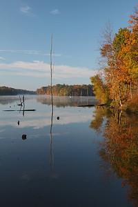 Caesar Creek OH.  Nice Fall morning.