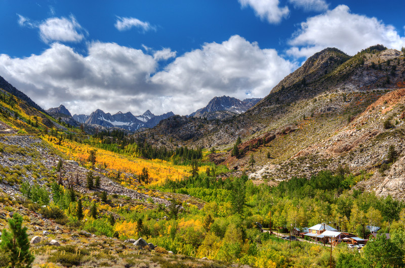 Aspendell in the Eastern Sierra Mountains in fall