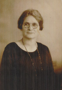 Great Grandma Charlton; Catherine Charlton maiden name was *McGrill*. This was my mothers maternal grandmother