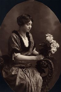 Irene Charlton (Ray) age 21. Photograph taken around 1912