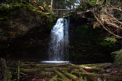 This is Shadow Falls. Which is the falls above Fern Falls.