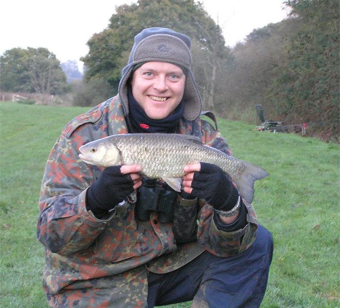 riverrother_chub_Nov2006