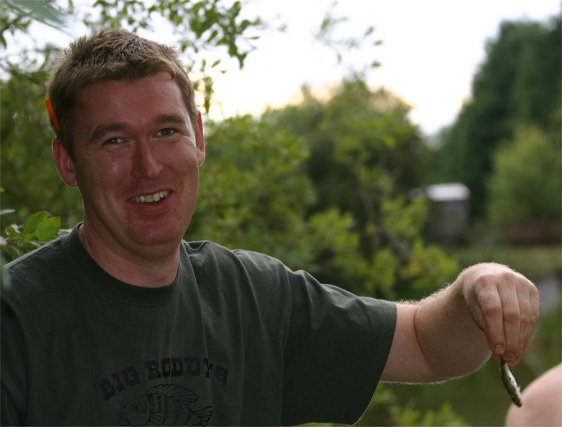 lyneham_tall1_Aug2005