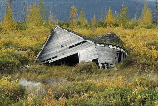 This structure was supposedly damaged in the 1964 earthquake that devasted Southcentral Alaska and was never repaired.