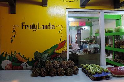 San Pedro - Basic Fruit Shop