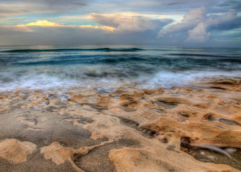 Ocean crash on time on rocks RAW070614028