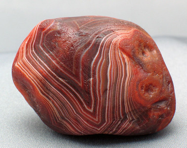 "1.5oz Lake Superior Agate; 4.2cm x 3cm x 2.7cm.  Al natural (""water polished,"" by virture of having spent hundreds of years in a creek bed with water running over it's surface)."