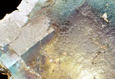 A close-up of the previous image, again highlighting the cubic shapes that make up many fluorites.