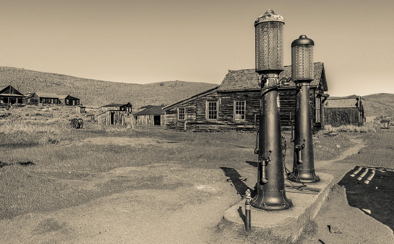 Bodie, CA Gas Pumps and Jahl house 11-10-16_MG_1914