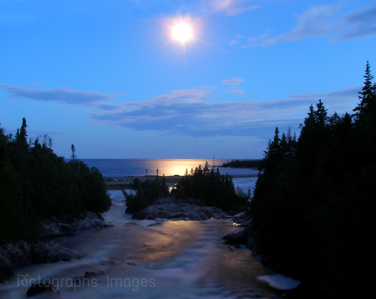 Lou's Landing, Aguasabon River, Casques Isles Hiking Trail, North of Lake Superior.