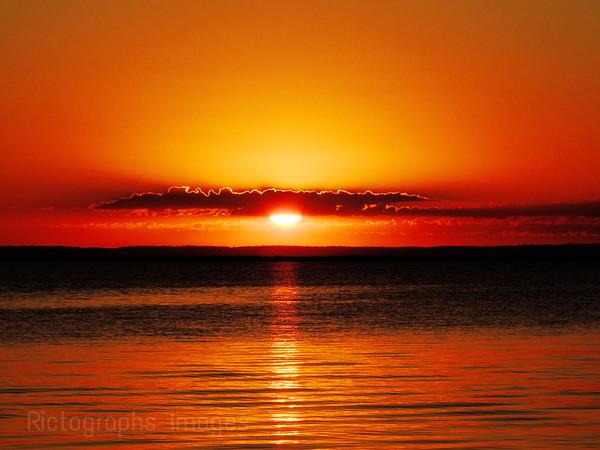 A Lake Superior Sunrise; Ric Evoy; Rictographs Images