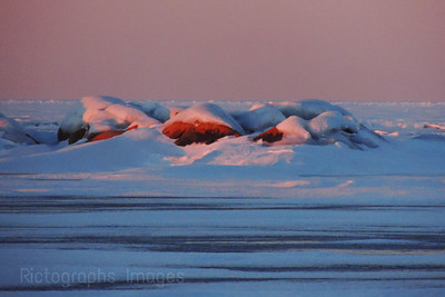 Winter, Lake Superior Rocks